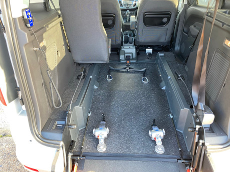 Ford Tourneo Connect 2016 TITANIUM TDCI wheelchair & scooter accessible vehicle WAV 11