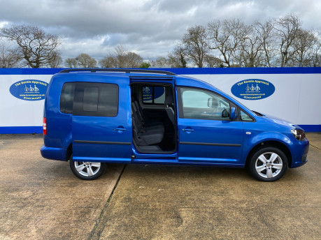 Volkswagen Caddy Maxi 2013 C20 LIFE TDI wheelchair & scooter accessible vehicle WAV 25