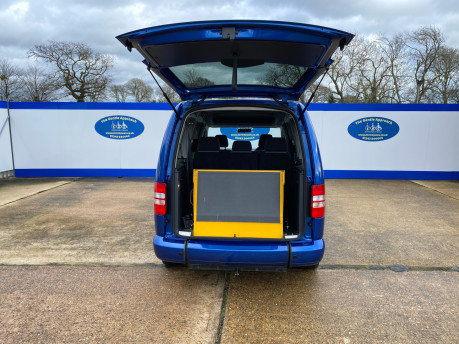 Volkswagen Caddy Maxi 2013 C20 LIFE TDI wheelchair & scooter accessible vehicle WAV 5