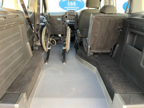 Peugeot Partner 2013 E-HDI TEPEE S wheelchair user upfront & scooter accessible vehicle WAV 19