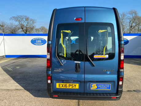 Renault Trafic 2016 LH29 BUSINESS ENERGY DCI H/R P/V wheelchair accessible vehicle WAV 4