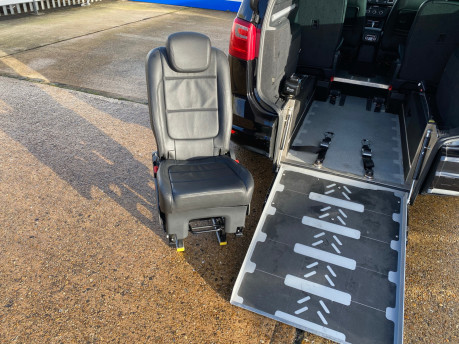 SEAT Alhambra 2015 TDI CR SE LUX DSG wheelchair & scooter accessible vehicle WAV 11