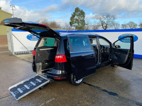SEAT Alhambra 2015 TDI CR SE LUX DSG wheelchair & scooter accessible vehicle WAV 31