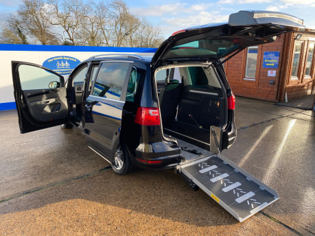 SEAT Alhambra 2015 TDI CR SE LUX DSG wheelchair & scooter accessible vehicle WAV 36