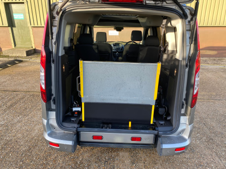 Ford Grand Tourneo Connect 2017 TITANIUM TDCI Wheelchair & scooter accessible vehicle WAV 7