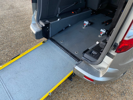 Ford Grand Tourneo Connect 2017 TITANIUM TDCI Wheelchair & scooter accessible vehicle WAV 18