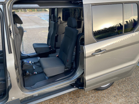 Ford Grand Tourneo Connect 2017 TITANIUM TDCI Wheelchair & scooter accessible vehicle WAV 32