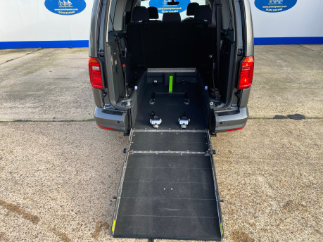 Volkswagen Caddy Maxi 2019 C20 LIFE TDI Wheelchair & scooter accessible vehicle WAV 11