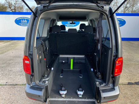 Volkswagen Caddy Maxi 2019 C20 LIFE TDI Wheelchair & scooter accessible vehicle WAV 12