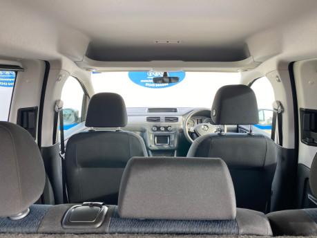 Volkswagen Caddy Maxi 2019 C20 LIFE TDI Wheelchair & scooter accessible vehicle WAV 13