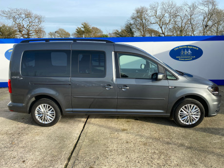 Volkswagen Caddy Maxi 2019 C20 LIFE TDI Wheelchair & scooter accessible vehicle WAV 30