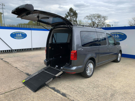 Volkswagen Caddy Maxi 2019 C20 LIFE TDI Wheelchair & scooter accessible vehicle WAV 34