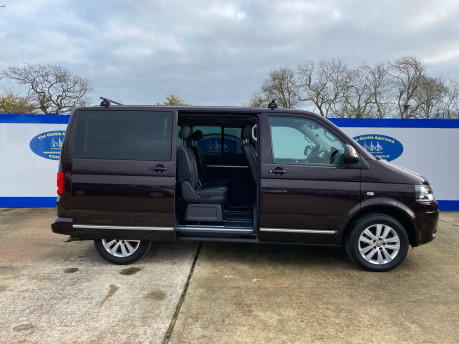 Volkswagen Caravelle 2015 EXEC TDI BLUEMOTION TECH wheelchair & scooter accessible vehicle WAV 29