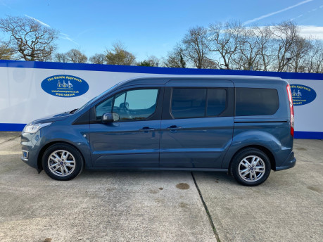 Ford Grand Tourneo Connect 2019 TITANIUM TDCI wheelchair & scooter accessible vehicle WAV 32