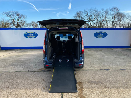 Ford Grand Tourneo Connect 2019 TITANIUM TDCI wheelchair & scooter accessible vehicle WAV 5
