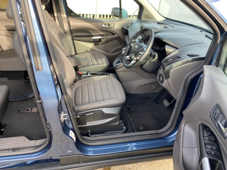 Ford Grand Tourneo Connect 2019 TITANIUM TDCI wheelchair & scooter accessible vehicle WAV 17