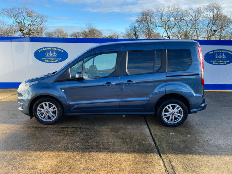 Ford Tourneo Connect 2020 TITANIUM TDCI wheelchair & scooter accessible vehicle WAV 32