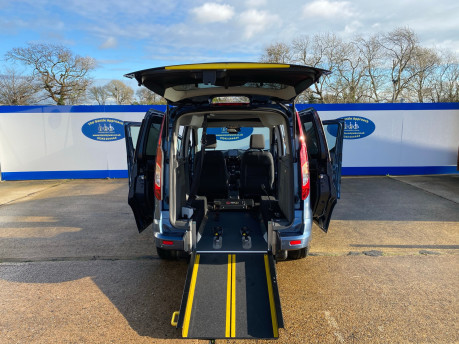 Ford Tourneo Connect 2020 TITANIUM TDCI wheelchair & scooter accessible vehicle WAV 21