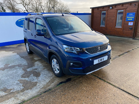Peugeot Rifter 2019 BLUEHDI ALLURE wheelchair & scooter accessible vehicle WAV