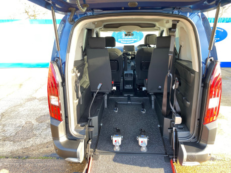 Peugeot Rifter 2019 BLUEHDI ALLURE wheelchair & scooter accessible vehicle WAV 11