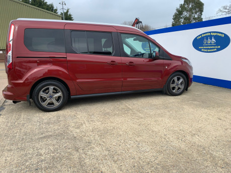 Ford Grand Tourneo Connect 2019 TITANIUM TDCI wheelchair & scooter accessible vehicle WAV 25