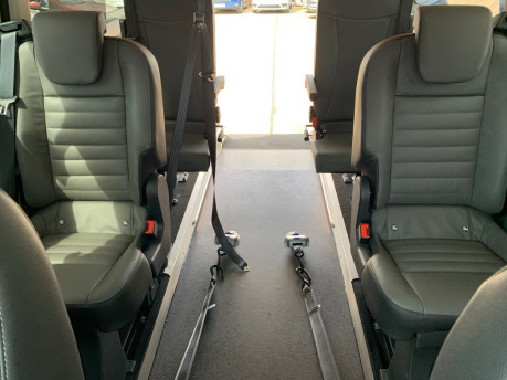 Ford Tourneo Custom 320 TITANIUM X ECOBLUE wheelchair & scooter accessible vehicle WAV 14