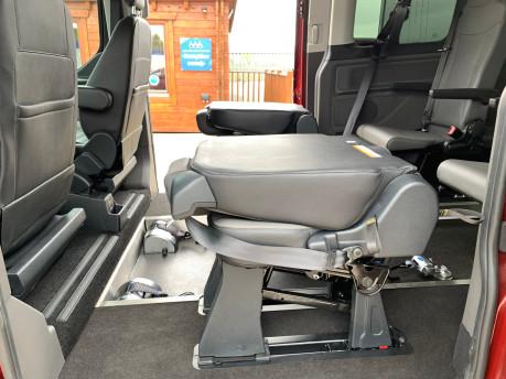Ford Tourneo Custom 320 TITANIUM X ECOBLUE wheelchair & scooter accessible vehicle WAV 31