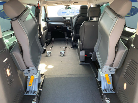 Peugeot Traveller 2019 BLUEHDI S/S ALLURE STD Wheelchair and scooter accessible vehicle WAV 9