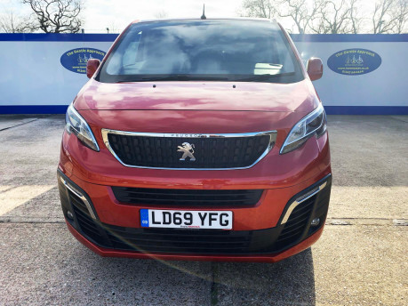 Peugeot Traveller 2019 BLUEHDI S/S ALLURE STD Wheelchair and scooter accessible vehicle WAV 3