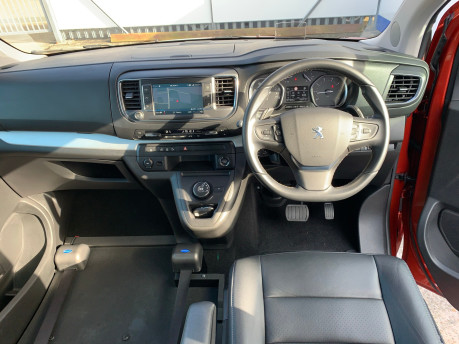 Peugeot Traveller 2019 BLUEHDI S/S ALLURE STD Wheelchair and scooter accessible vehicle WAV 11