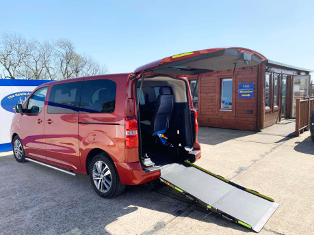 Peugeot Traveller 2019 BLUEHDI S/S ALLURE STD Wheelchair and scooter accessible vehicle WAV 1
