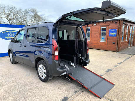Peugeot Rifter BLUEHDI ALLURE wheelchair & scooter accessible vehicle WAV
