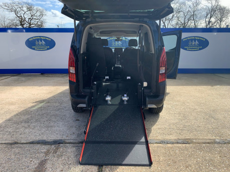 Peugeot Rifter BLUEHDI ALLURE wheelchair & scooter accessible vehicle WAV 8