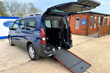 Peugeot Rifter BLUEHDI S/S ALLURE wheelchair & scooter accessible vehicle WAV