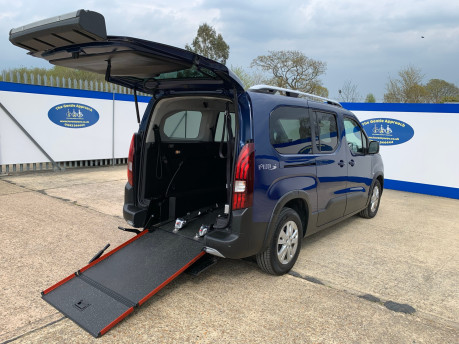 Peugeot Rifter BLUEHDI S/S ALLURE wheelchair & scooter accessible vehicle WAV 27