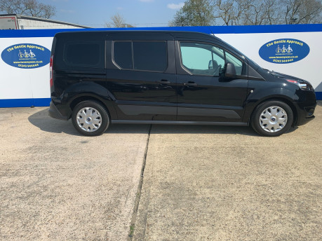 Ford Grand Tourneo Connect 2019 ZETEC TDCI wheelchair & scooter accessible vehicle WAV 19