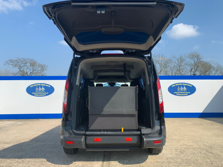 Ford Grand Tourneo Connect 2019 ZETEC TDCI wheelchair & scooter accessible vehicle WAV 6