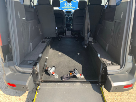 Ford Grand Tourneo Connect 2019 ZETEC TDCI wheelchair & scooter accessible vehicle WAV 9