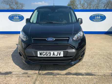 Ford Grand Tourneo Connect 2019 ZETEC TDCI wheelchair & scooter accessible vehicle WAV 3