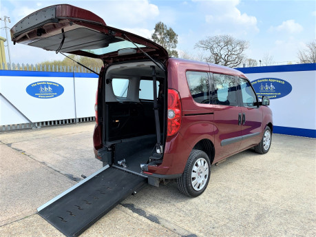 Fiat Doblo 2012 MYLIFE wheelchair & scooter accessible vehicle WAV 18
