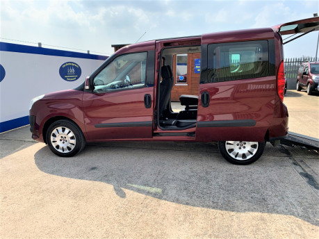 Fiat Doblo 2012 MYLIFE wheelchair & scooter accessible vehicle WAV 17