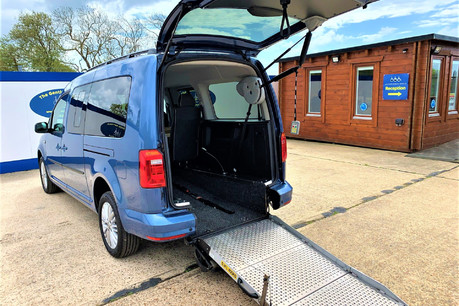 Volkswagen Caddy Maxi C20 LIFE TDI Wheelchair & scooter accessible vehicle WAV