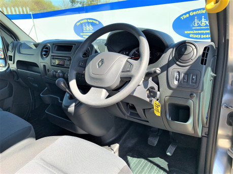 Renault Master 2018 SL28 BUSINESS DCI P/V QUICKSHIFT wheelchair & scooter accessible WAV 19