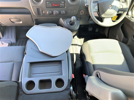 Renault Master 2018 SL28 BUSINESS DCI P/V QUICKSHIFT wheelchair & scooter accessible WAV 23