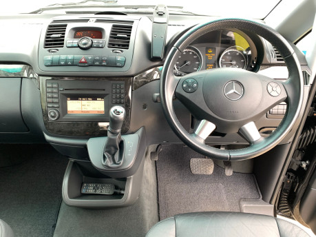 Mercedes-Benz Viano 2010 122 CDI BLUEEFFICENCY AMBIENTE wheelchair & scooter accessible vehicle 15