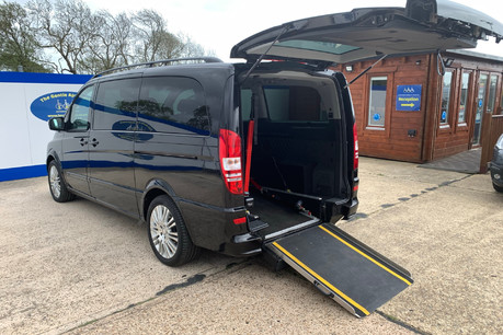 Mercedes-Benz Viano 122 CDI BLUEEFFICENCY AMBIENTE wheelchair & scooter accessible vehicle