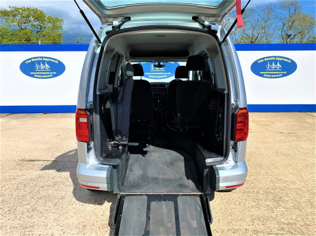 Volkswagen Caddy Life 2016 C20 LIFE TDI upfront wheelchair & scooter accessible vehicle WAV 8