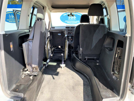Volkswagen Caddy Life 2016 C20 LIFE TDI upfront wheelchair & scooter accessible vehicle WAV 9