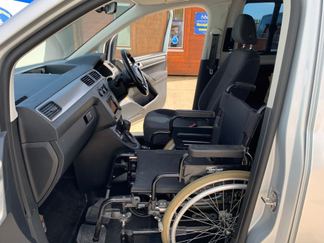 Volkswagen Caddy Life 2016 C20 LIFE TDI upfront wheelchair & scooter accessible vehicle WAV 19