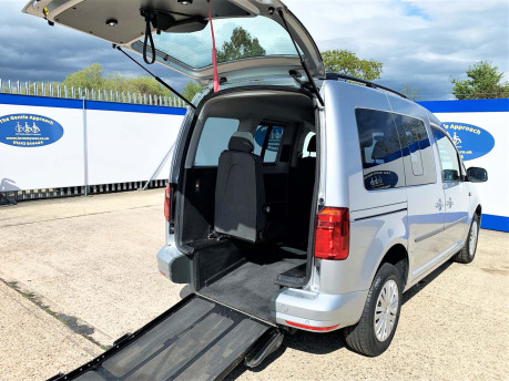 Volkswagen Caddy Life 2016 C20 LIFE TDI upfront wheelchair & scooter accessible vehicle WAV 23